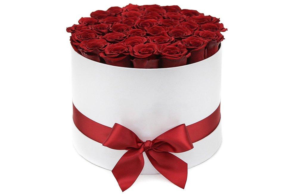 Цветы в коробке - оригинальная идея для подарка